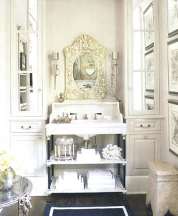 The Veranda House of Windsor's Powder Room